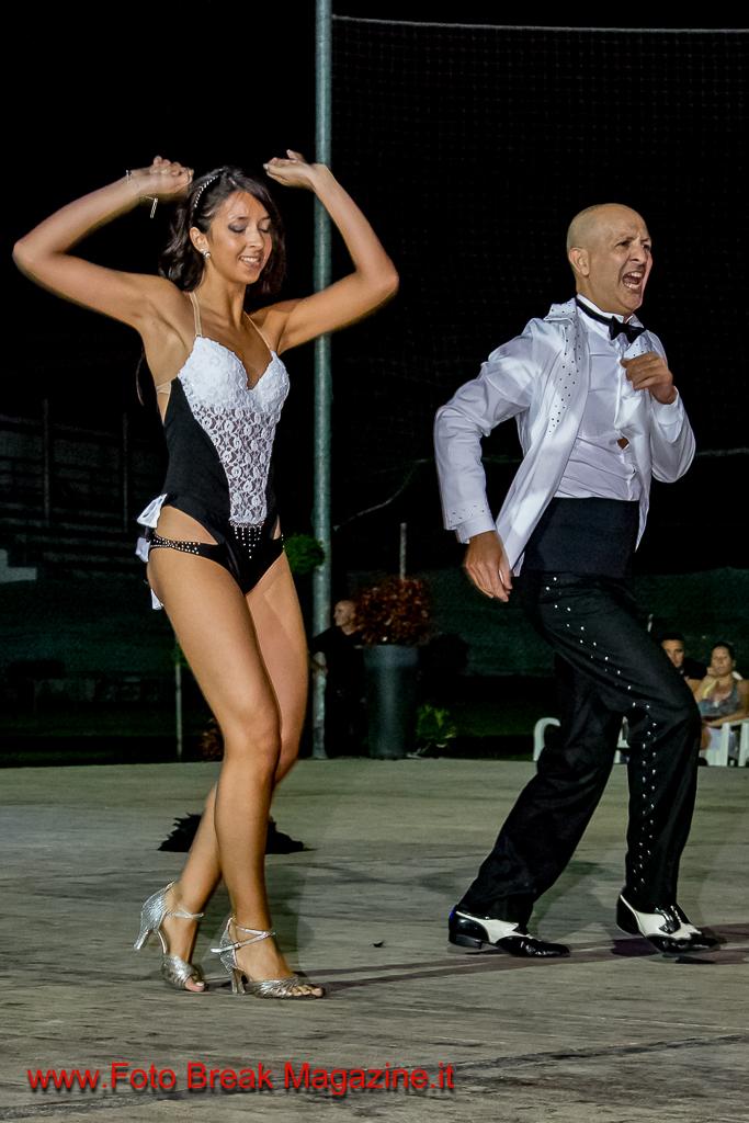 https://www.breakmagazinenews.it/wp-content/uploads/2016/08/0001-2016-07-21-FESTA-SPORTIVO-ISORELLA-SERATA-LATINA-PART-2°-0193.jpg