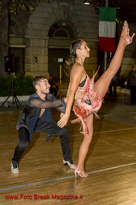 https://www.breakmagazinenews.it/wp-content/uploads/2016/09/0001-2016-09-08-DANCE-ON-RHYTHM-BERGAMO-P-2-0325.jpg