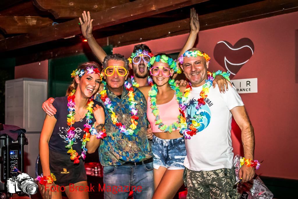 https://www.breakmagazinenews.it/wp-content/uploads/2017/08/0001-2017-08-15-FESTA-HAWAIANA-TUCANO-BAGNOLO-MELLA-0020.jpg