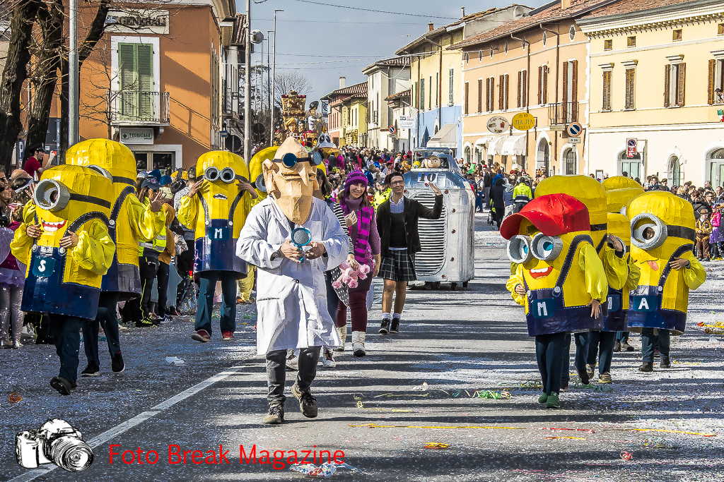 https://www.breakmagazinenews.it/wp-content/uploads/2019/03/0001-2019-03-10-SFILATA-CARRI-CARNEVALE-LENO-0341.jpg