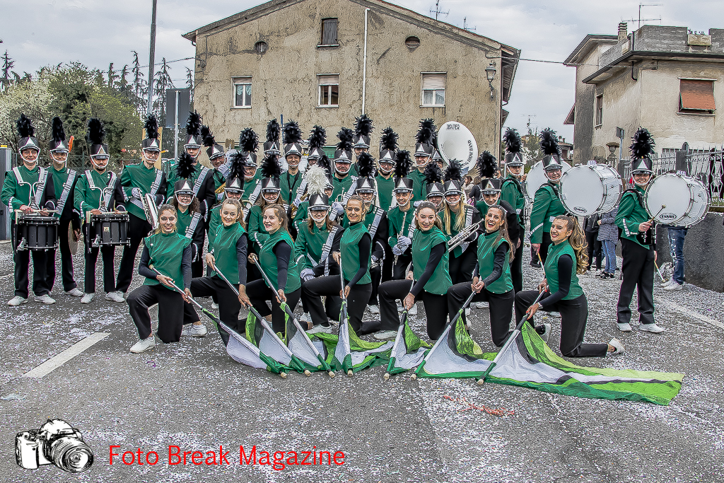 https://www.breakmagazinenews.it/wp-content/uploads/2019/03/0001-2019-03-17-SFILATA-CARRI-CARNEVALE-BEDIZZOLE-0631.jpg